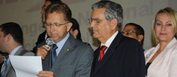 O deputado federal João Campos (PSDB-GO) lê Manifesto em Favor da Liberdade de Consciência e de Expressão