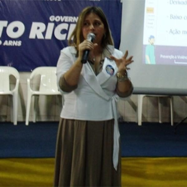 Marisa Lobo, renomada psicóloga, perseguida pelo Conselho de Psicologia por ser cristã.