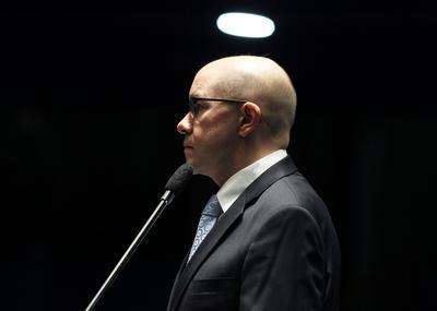 Demóstenes Torres ex-Senador, agora, Procurador da Justiça com salário de R$ 24.000,00