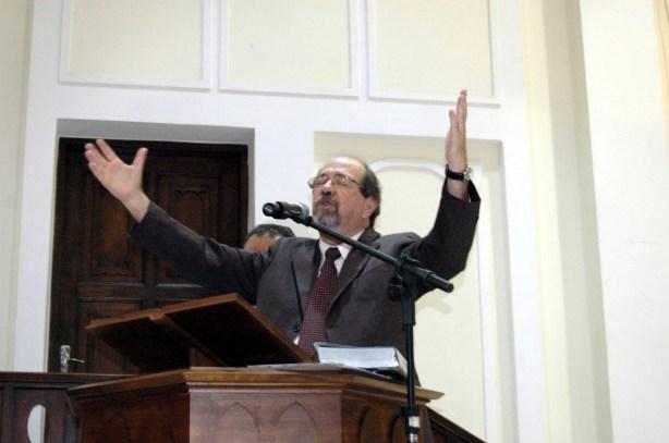Rev. Josafá Vasconcelos. Pastor da Igreja Presbiteriana da Herança Reformada - Salvador - BA